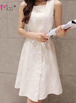 DRESS PUTIH LENGAN BUNTUNG PITA 2016